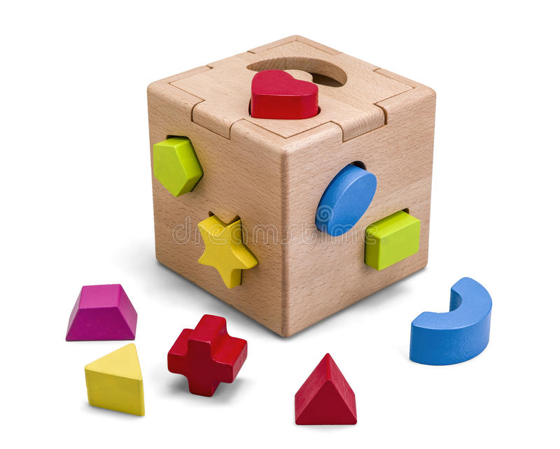 Hölzernes Puzzlespielkastenspielzeug mit den bunten Blöcken lokalisiert auf Weiß mit Beschneidungspfad stockbilder