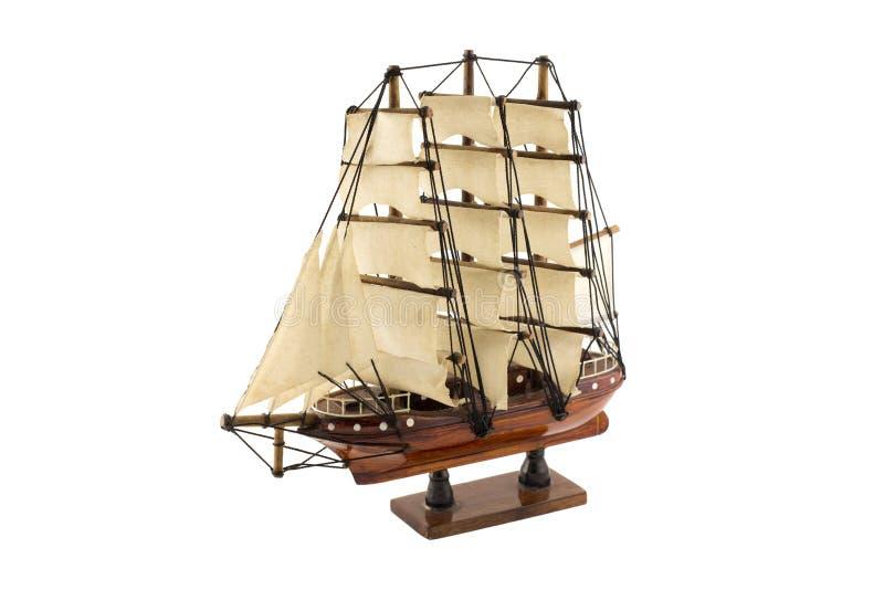 Hölzernes Schiffsmodell, lokalisiert auf weißem Hintergrund lizenzfreie stockbilder