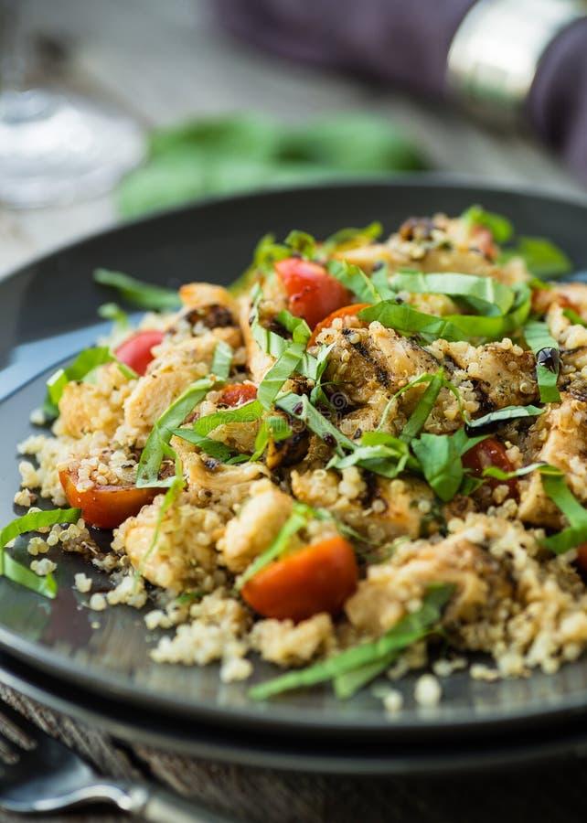 Höna och Quinoa royaltyfri foto