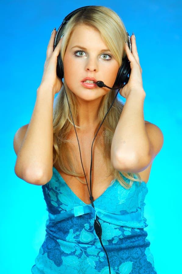 Download Hörlurar Med Mikrofonkvinna Fotografering för Bildbyråer - Bild av call, skrivbord: 511787