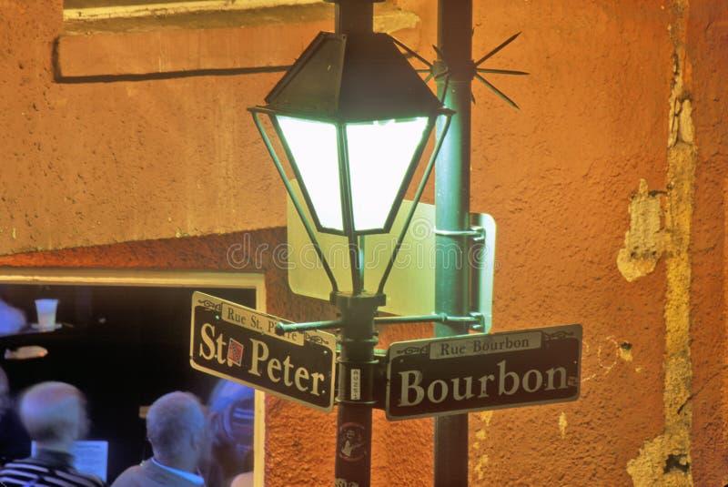 Hörn av bourbon och St Peter Streets, New Orleans, Louisiana royaltyfria bilder