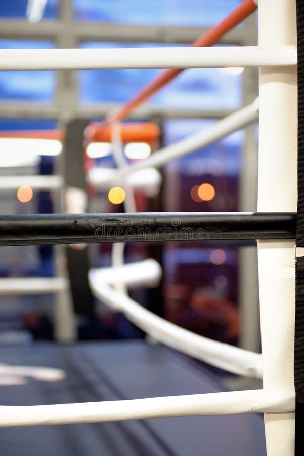 Hörn av en boxningsring arkivfoton