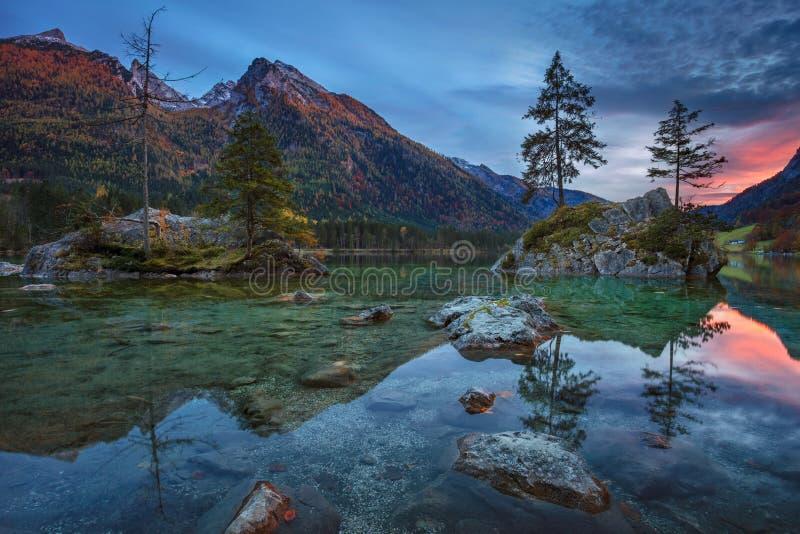 Höst i Alps fotografering för bildbyråer