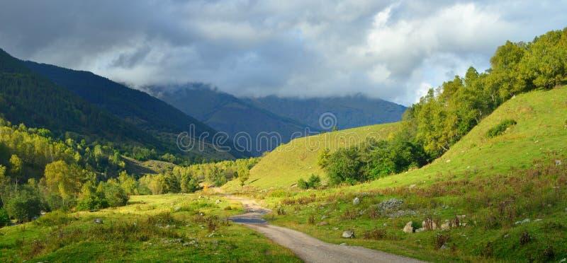Höst i Caucasus arkivbild