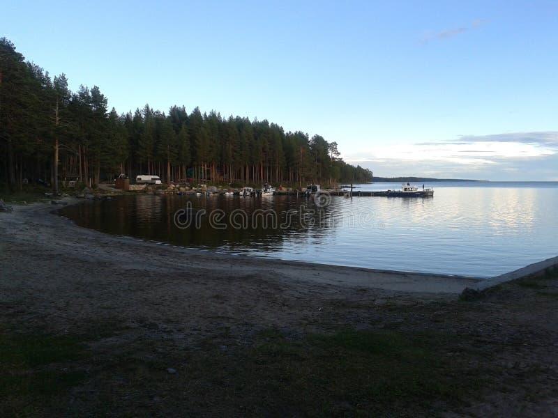 Höst Karelia, jakt, skog, landskap, Lake Ladoga arkivbilder