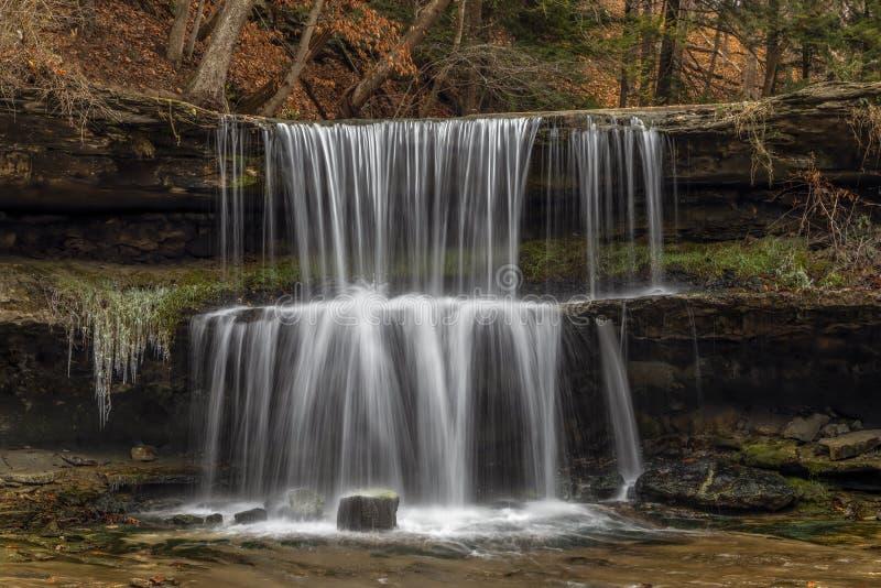 Höst på Olglebay nedgångar - rulla, West Virginia royaltyfria bilder