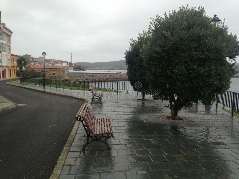 Höst spain Finisterra Fisterra Banker under regnet royaltyfri fotografi