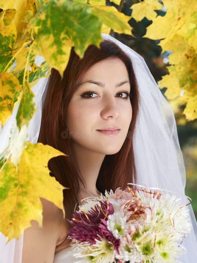 höstbrud royaltyfri fotografi