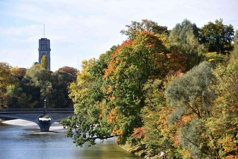 Hösten i München, Tyskland royaltyfri foto