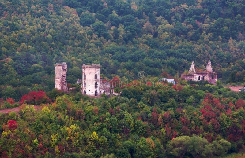 Höstsikten av den Chervonohorod slotten fördärvar ukraine arkivbild