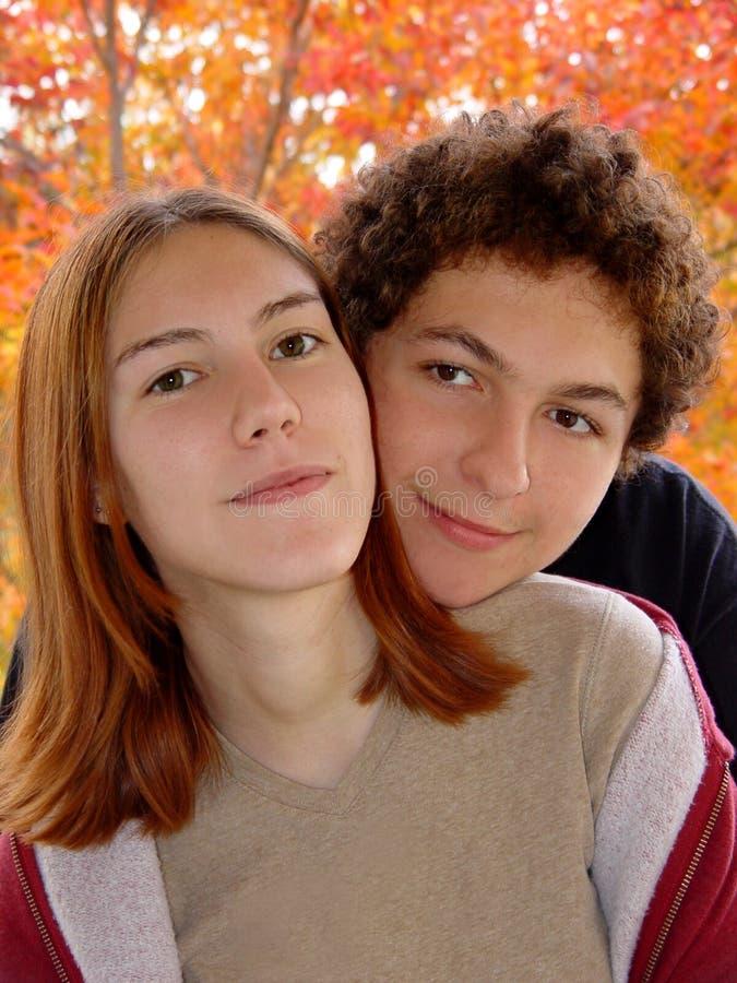 Download Höststående arkivfoto. Bild av leende, stående, framsida - 41802