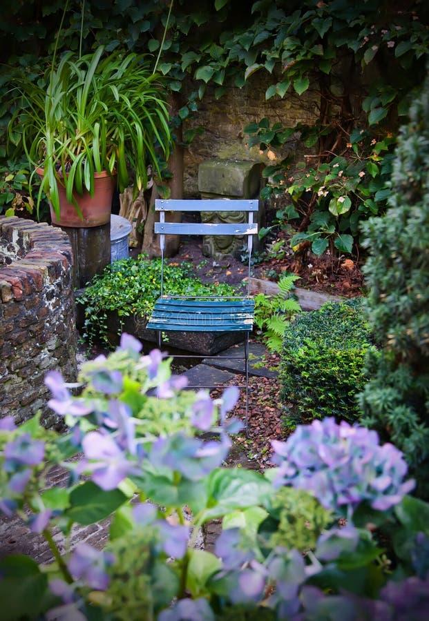 höstträdgård royaltyfria bilder