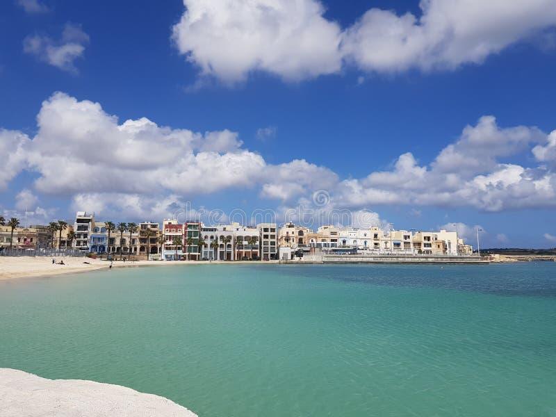 Hübsche Bucht in Malta stockfotografie