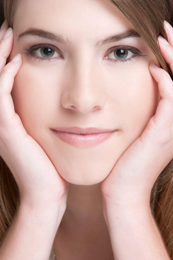 Hübsche Gesichts-Nahaufnahme lizenzfreies stockfoto