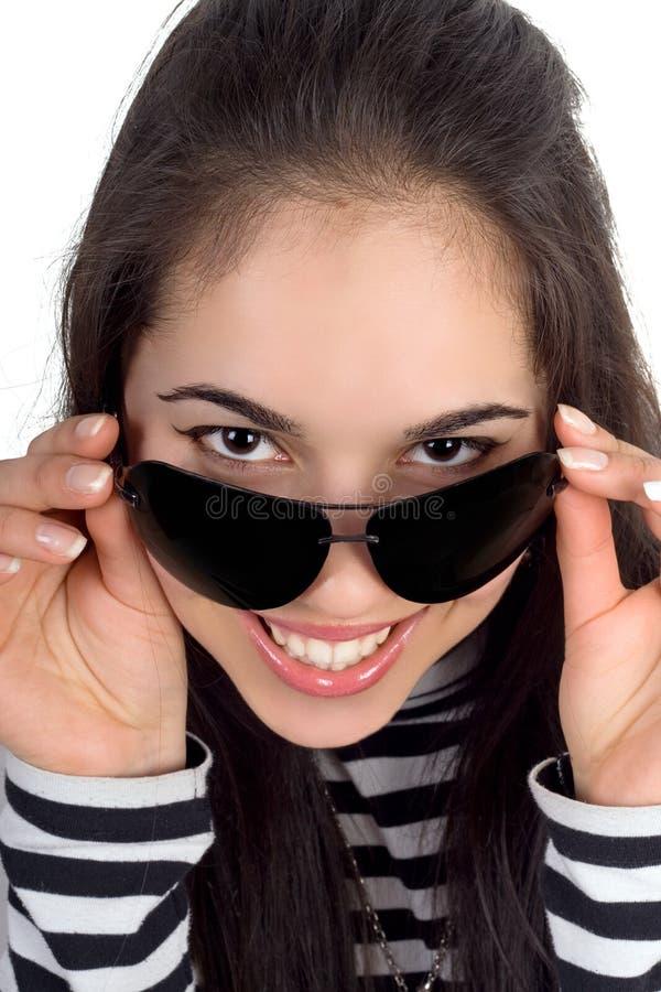 Hübsche lächelnde Frau stockfotos