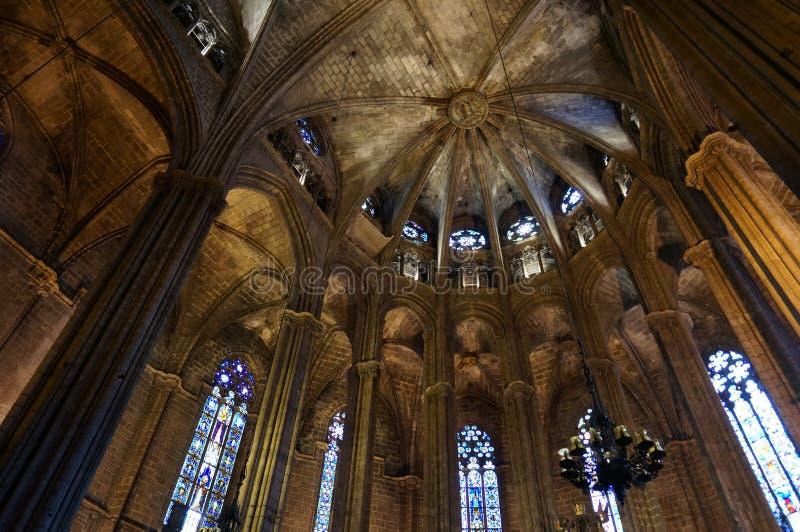 Hübscher Barcelona-Kathedralen-Innenraum in Spanien stockfoto