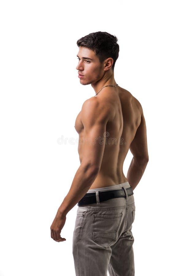 Hübscher hemdloser athletischer junger Mann auf Weiß stockbild