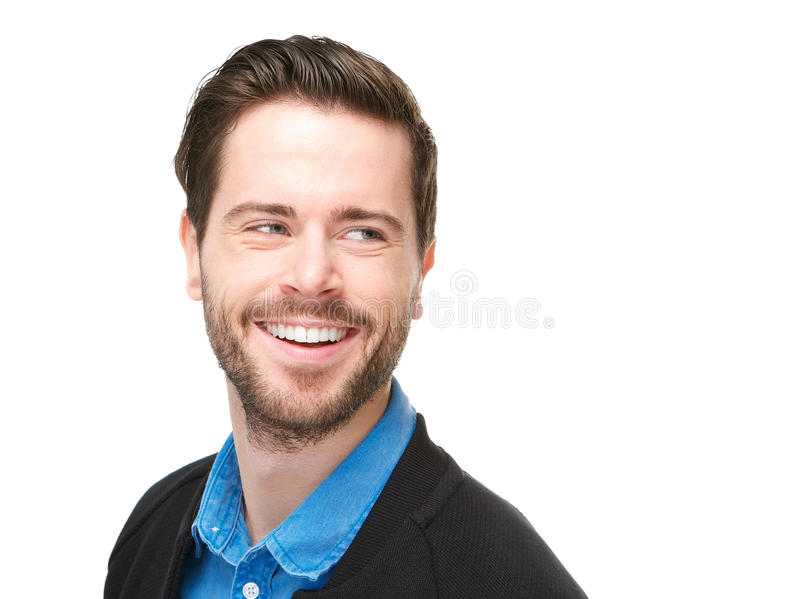 Hübscher junger Mann mit glücklichem Ausdruck auf seinem Gesicht stockfoto