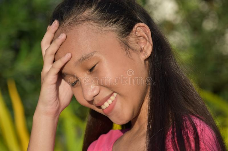 Hübsches Filipina Girl Laughing stockfotos