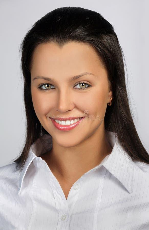 Hübsches Lächeln lizenzfreies stockfoto
