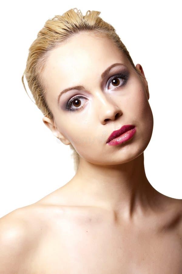 Hübsches Mädchen mit einer sauberen Haut lizenzfreie stockfotografie