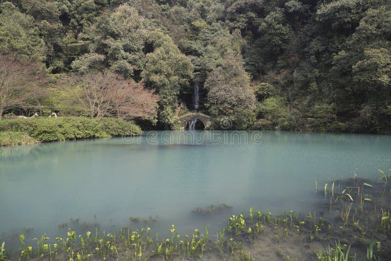 Hügel Hangzhous Westsee Lingyin stockbilder