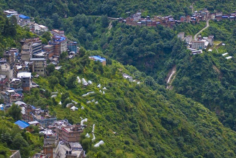 Hügelige Stadt lizenzfreies stockbild