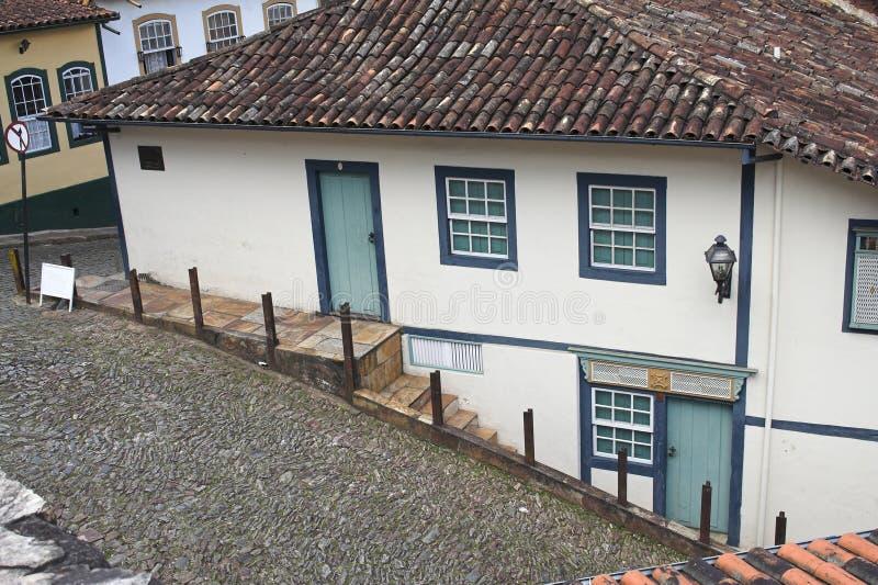 Hügelige Straßen von Ouro Preto lizenzfreie stockfotos