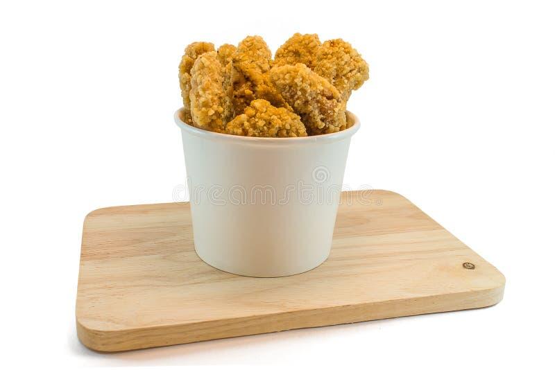Hühnernuggets in den Papierkästen und im heab stockfotografie