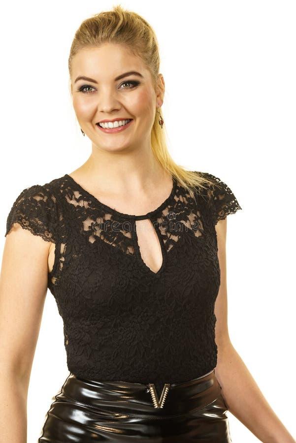 H?bsches elegantes Modell der jungen Frau stockbilder