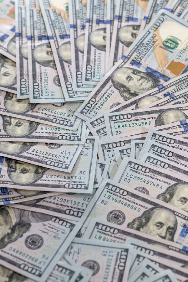 h?g av USA-dollarsedeln close upp arkivfoto
