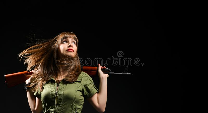 H?llande vapen f?r kvinna royaltyfri fotografi