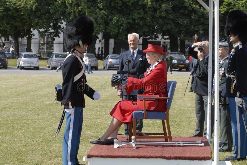 H M les béquilles d'utilisations de la Reine Margrethe II photos libres de droits