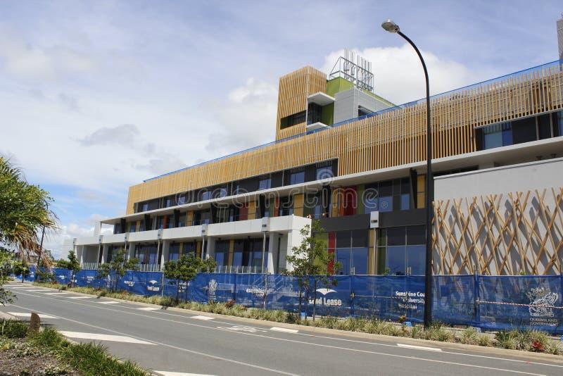 Hôpital d'université de côte de soleil en construction photo stock