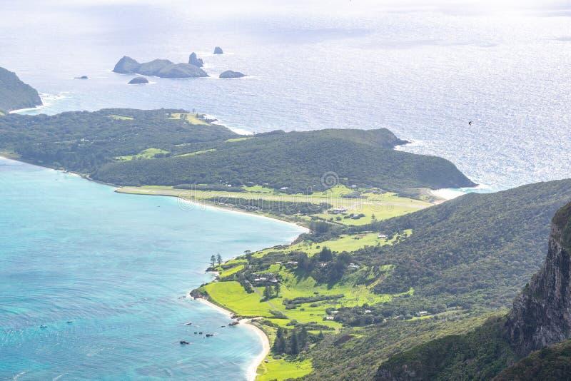 H?rlig sikt fr?n toppm?tet av monteringen Gower 875 meter ovanf?r havsniv?n, h?gst punkt p? Lord Howe Island royaltyfri bild