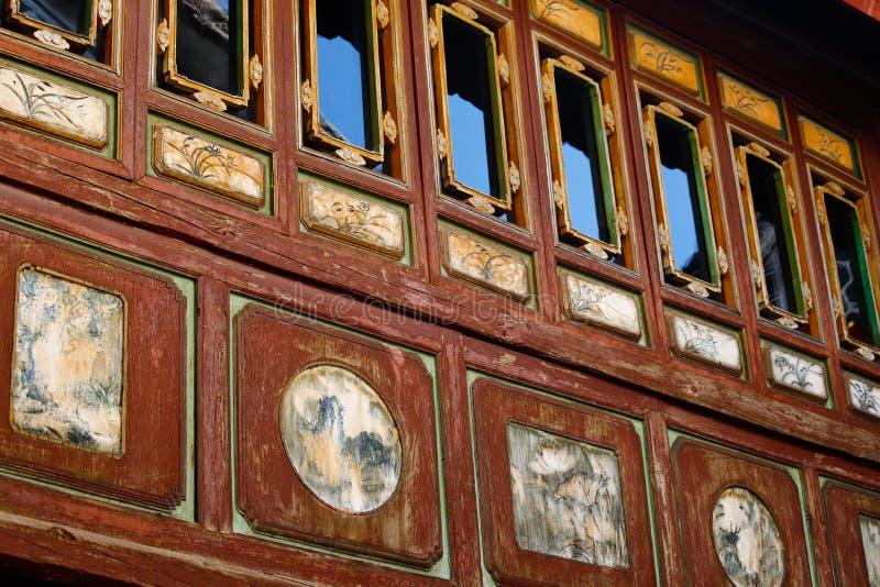 H?rn av gamla Kina, garneringar i gamla hus i den historiska mitten av Xizhou, Yunnan, Kina r arkivbilder
