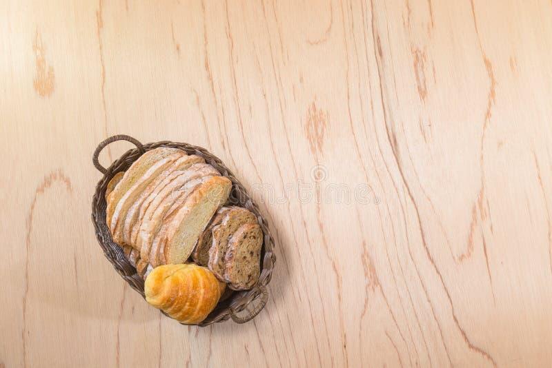 H?rnchen und Brot stockfotos