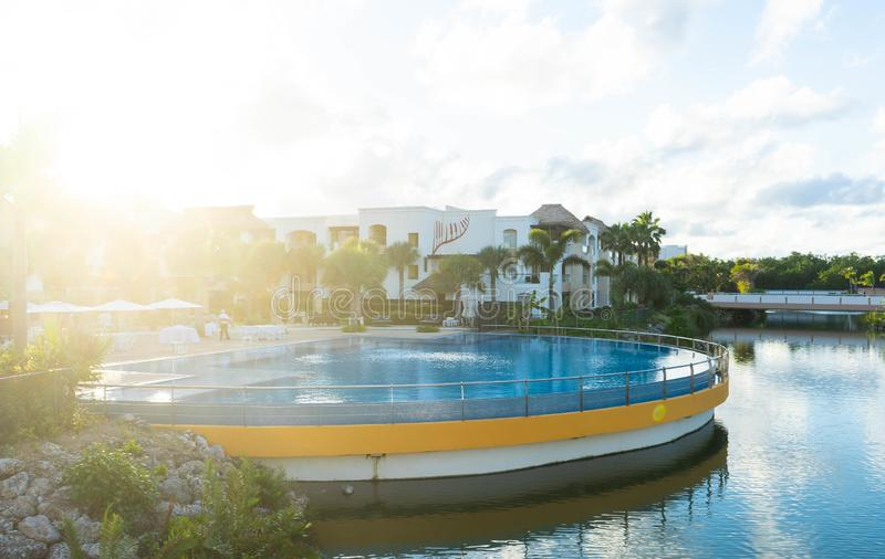 H?rt vagga semesterorten och hotellet, Punta Cana arkivfoton