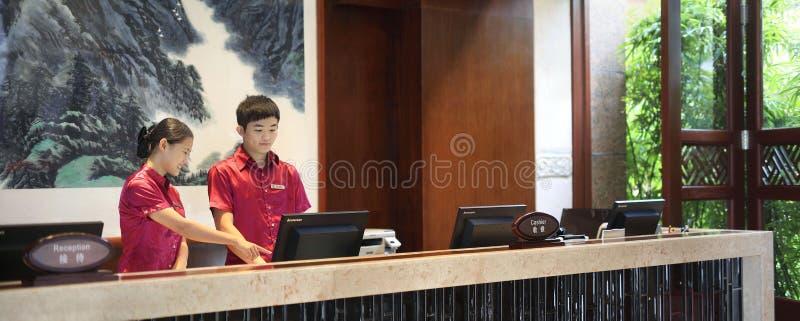Hôtel de cour de Sanya, mer de la Chine quatre saisons photos libres de droits