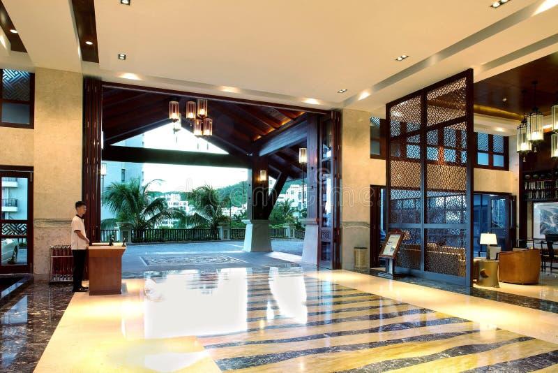 Hôtel de cour de Sanya, mer de la Chine quatre saisons image stock