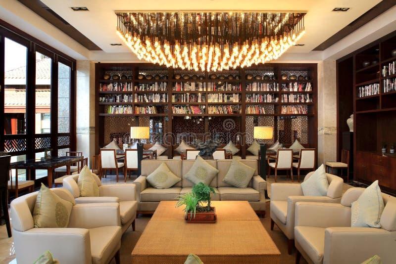 Hôtel de cour de Sanya, mer de la Chine quatre saisons images libres de droits
