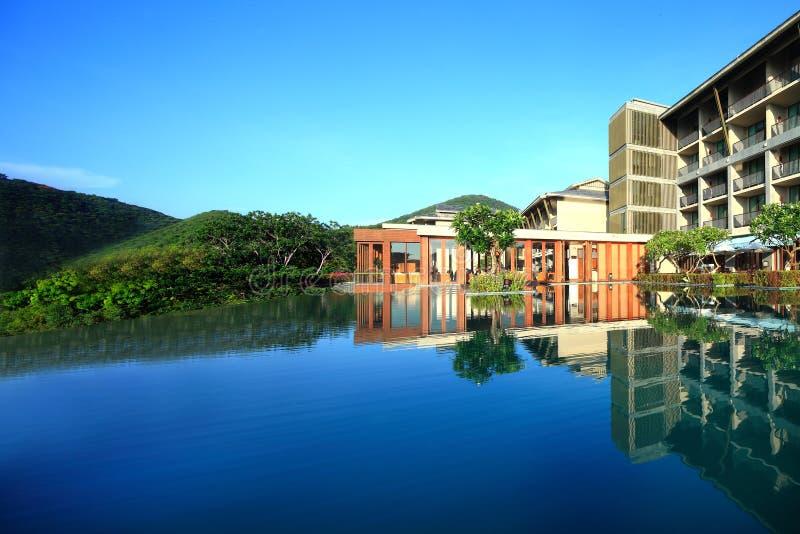Hôtel de Jinjiang des mi-niveaux de Sanya photos libres de droits