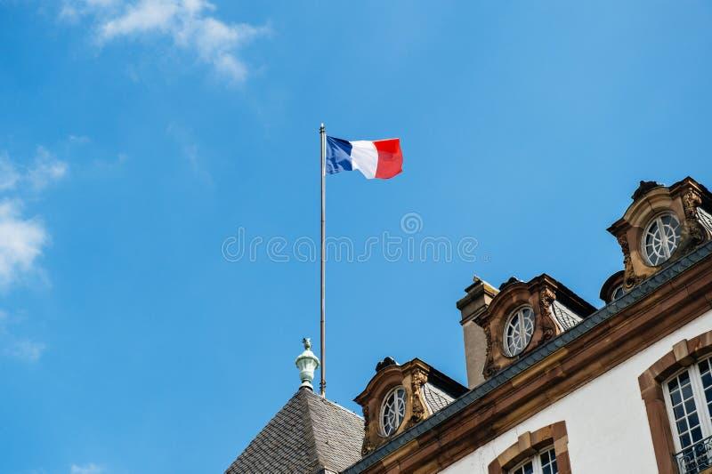 Hôtel de ville français de drapeau images stock