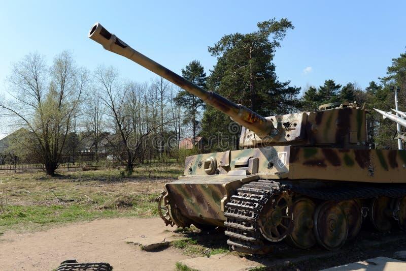 H1 zware Duitse tanktijger op het open gebied van de herdenkings complexe lijn van Glorie royalty-vrije stock afbeelding