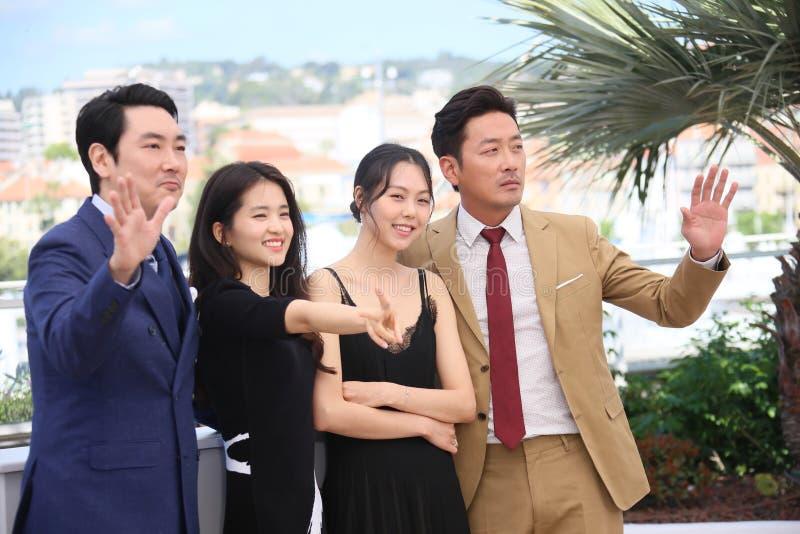 Ha Jung-сватают, минута-Hee Ким актрисы, Ким Tae-Ri, Cho jin-Woon, стоковые фото