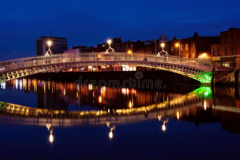 Ha Penny Bridge In Dublin At Night. Ireland Royalty Free Stock Image