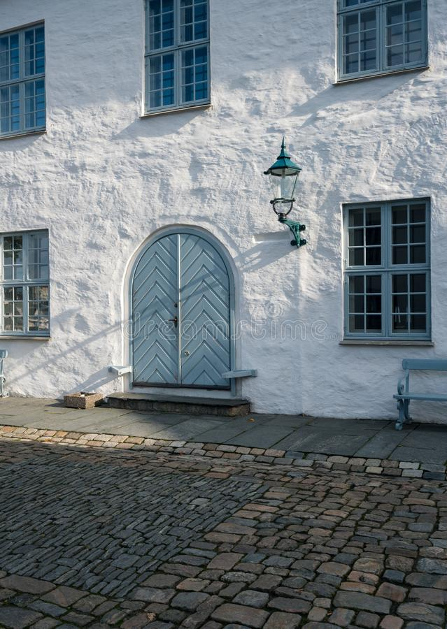 Haakons Salão dentro da fortaleza de Bergenhus em Bergen imagens de stock royalty free