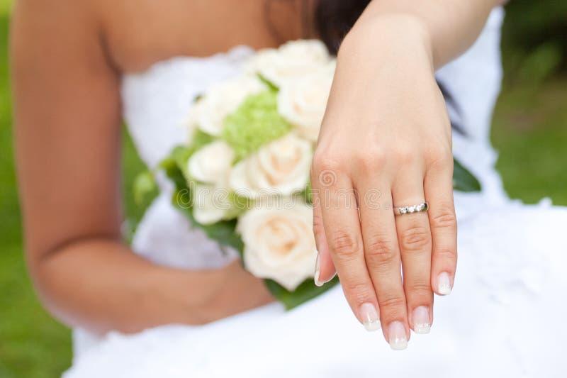 Haar nieuwe ring! stock foto's