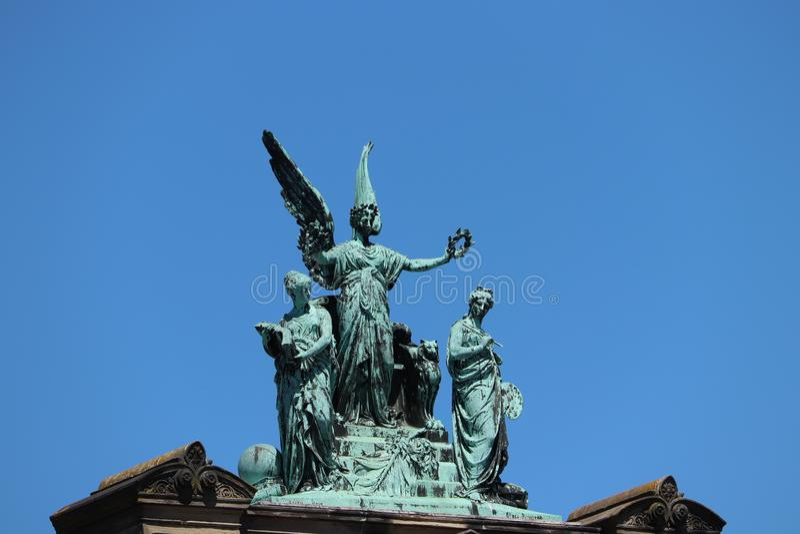 Haarlem, Pays-Bas - 8 juillet 2018 : Sculpture sur le musée Haarlem de Teylers photo stock