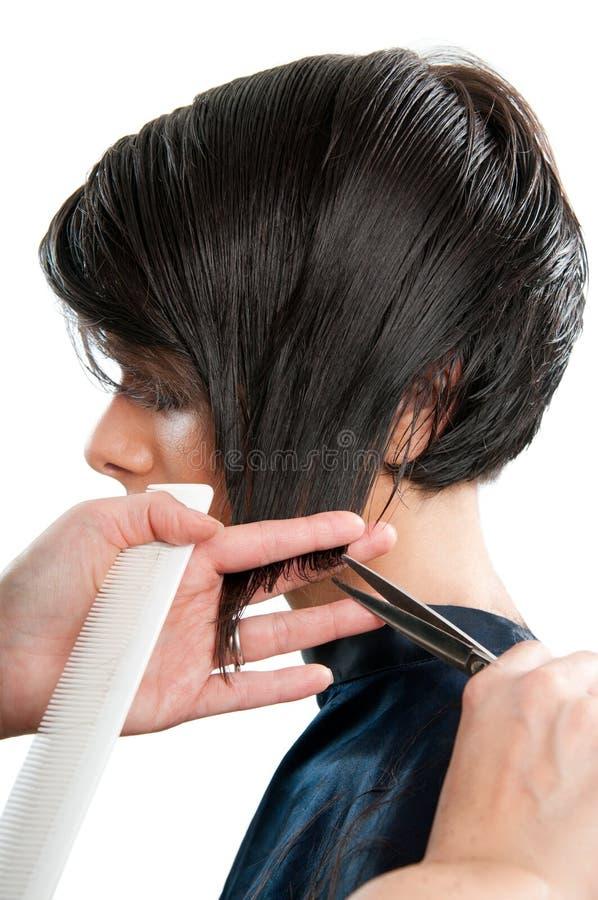 Haarschnitt am Friseur lizenzfreie stockfotos